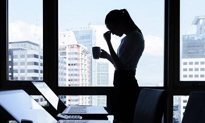 Tình yêu và sự nghiệp, đâu là điều phụ nữ nên chọn?