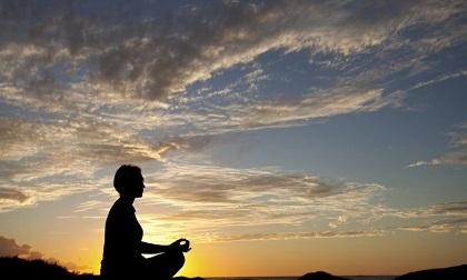 Phật dạy giúp người khác nhưng trong lòng chứa 4 tạp niệm làm phạm ác nghiệp