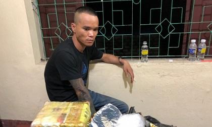 """Chân dung """"người vận chuyển"""" nhận giao 3 kg ma túy đá để lấy 30 triệu đồng tiền công"""