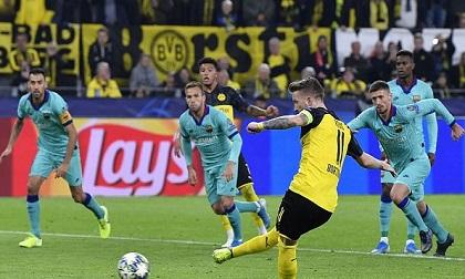 Marco Reus đá hỏng penalty, Dortmund hòa đáng tiếc Barca trong ngày Messi tái xuất