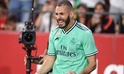Benzema rực sáng đưa Real Madrid lên tốp đầu La Liga