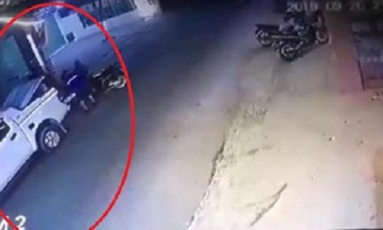 Nhóm 'đạo tặc' dùng hẳn ô tô bán tải lấy trộm xe máy SH