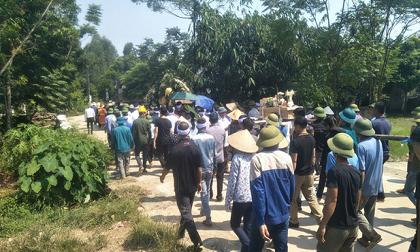 Vụ cả nhà thương vong do tai nạn giao thông ở Hà Nội: Người bố đã tỉnh, chưa biết vợ và 2 con nhỏ đều đã qua đời