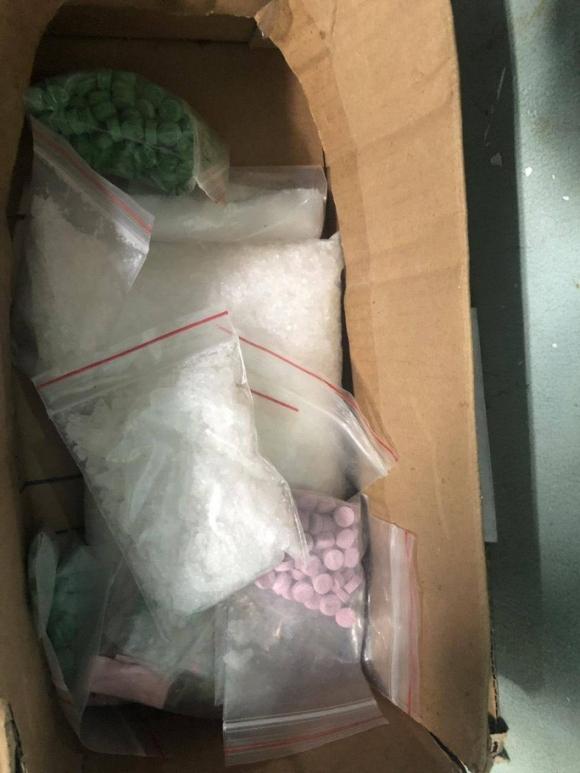 Công an TP HCM phá đường dây ma túy có sự điều hành của kiều nữ - Ảnh 4.