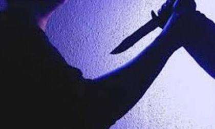 Người yêu đòi chia tay, người đàn ông xách dao đến nhà giết bố bạn gái rồi tự tử
