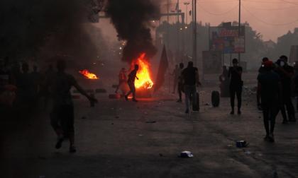 Hơn 80 người biểu tình bị lực lượng an ninh giết chết ở Iraq
