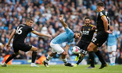 Man City thua sốc trên sân nhà