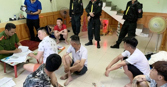 Đánh sập ổ 'tín dụng đen' lớn nhất Quảng Bình khiến 500 người sập bẫy