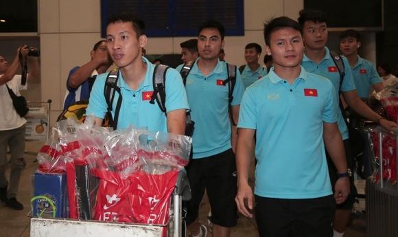 Thầy trò Park Hang-seo về nước, quyết thắng UAE và Thái Lan  - ảnh 1