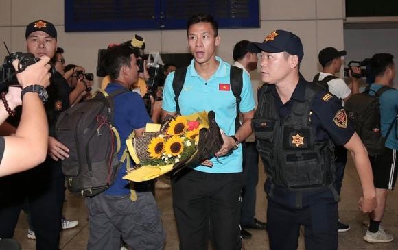 Thầy trò Park Hang-seo về nước, quyết thắng UAE và Thái Lan  - ảnh 12