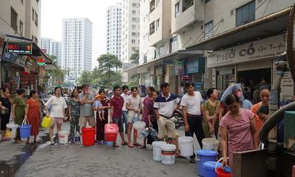Nước sông Đà đã cấp nước trở lại: Chỉ được sinh hoạt tắm giặt, không dùng cho ăn uống