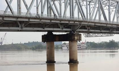 Phát hiện thi thể người đàn ông nổi trên sông Lam