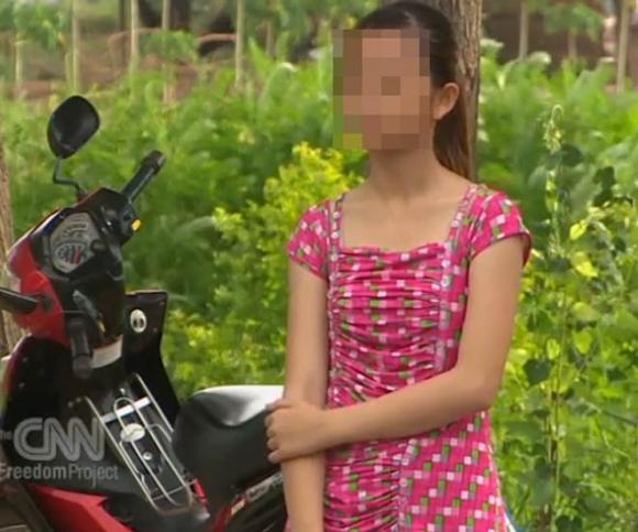 Phẫn nộ nữ sinh bị mẹ ép bán dâm vì... nhà quá nghèo - 1