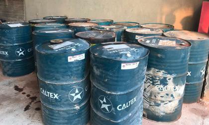 Cận cảnh nơi lưu giữ dầu thải bị tuồn ra 'đầu độc' nước sông Đà của Công ty gốm sứ Thanh Hà