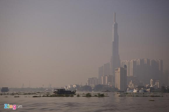TP.HCM lại chìm trong sương mù dày đặc