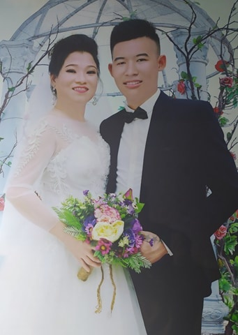 Chú rể 20 kết hôn với cô dâu 41 tuổi: 'Nhiều người nói tôi lấy vợ già vì cô ấy có nhiều đất, điều đó hoàn toàn không đúng' - 4