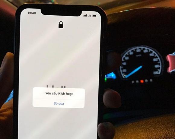 iPhone 11 khóa mạng giá dưới 13 triệu gây bão thị trường - 3