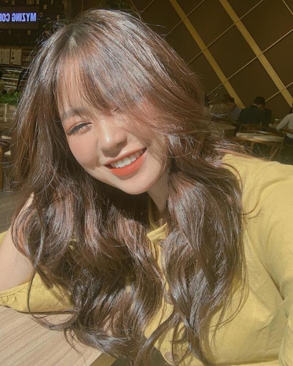 Xuất hiện bằng chứng Quang Hải hẹn hò với hot girl xinh đẹp, nổi tiếng trên cả báo Trung-2