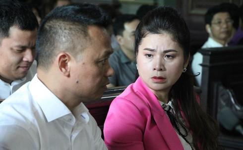 Vụ ly hôn của vợ chồng Chủ tịch Trung Nguyên: Bà Thảo lại xin hoãn phiên tòa