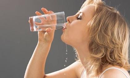 Luôn cảm thấy khát nước, có thể bạn đã mắc phải 1 trong 5 bệnh nguy hiểm sau