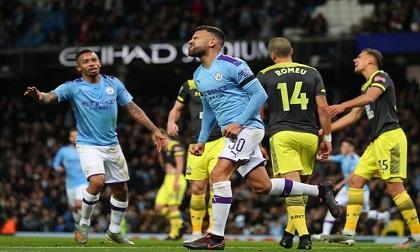 Aguero lập cú đúp, Man City vào tứ kết cúp Liên đoàn Anh