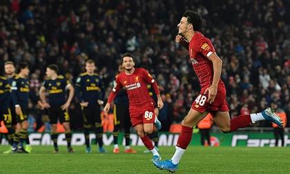 Liverpool đánh bại Arsenal trên chấm luân lưu sau đại tiệc với 10 bàn thắng