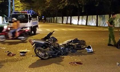 Xe máy đấu đầu ở Tân Phú, 3 người thương vong trong đêm