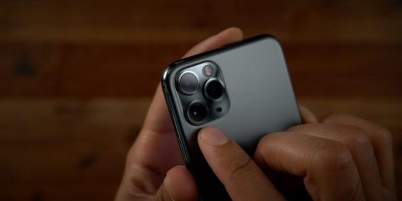 iPhone 12 se co tinh nang chua tung xuat hien tren smartphone hinh anh 1 iPhone-11-Pro-Max-Cameras.jpg