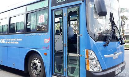 Xác định danh tính kẻ dùng mã tấu chém xe buýt ở TP.HCM