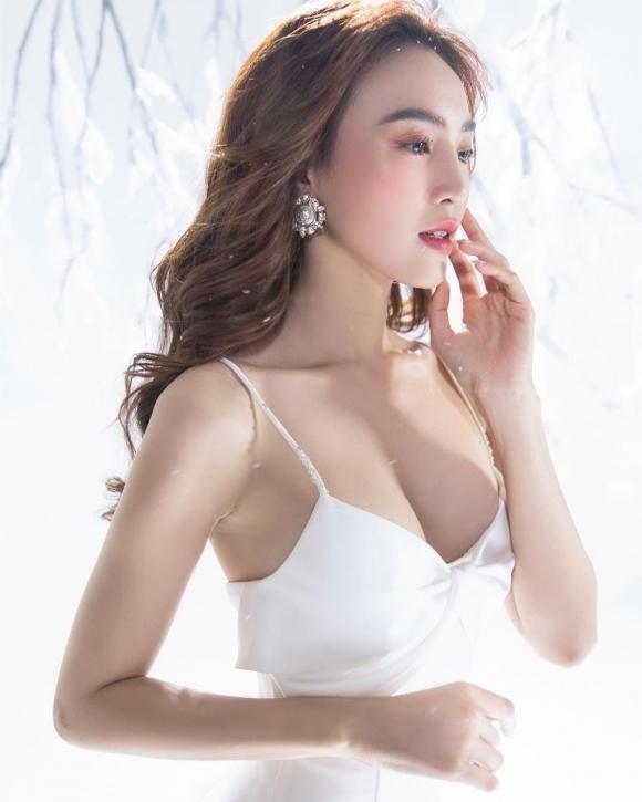 Nha Phuong, Lan Ngoc va my nhan Viet buoc sang tuoi 30 hinh anh 3 597a8555_copy.jpg