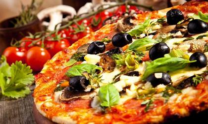 Món ăn đại gia: Thưởng thức pizza đại gia có giá gần 5 tỷ đồng