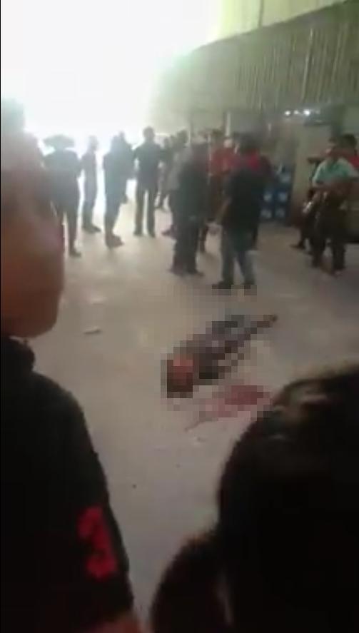 Nam công nhân rơi từ mái tôn công ty xuống dưới đất tử vong - Ảnh 1.