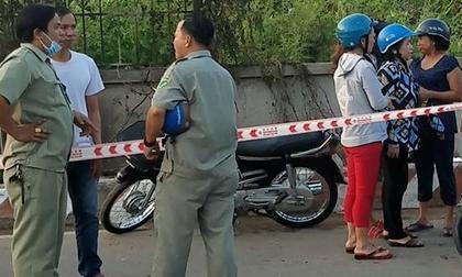 Phát hiện thi thể người đàn ông bị cháy bên cạnh chiếc xe máy ở quận Bình Tân
