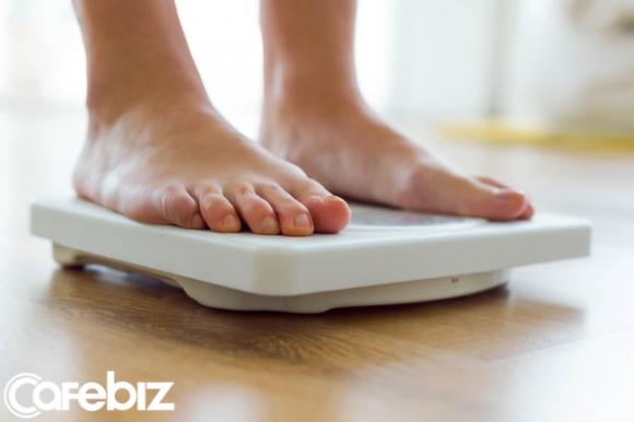 '. Giảm béo với giảm cân có giống nhau? Sự hiểu nhầm này khiến nhiều người mất cả thời gian và tiền bạc cũng không đẹp lên nổi .'