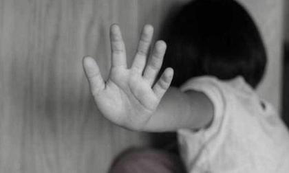 Can thiệp khẩn trường hợp bé gái nghi bị bạn trai của mẹ xâm hại