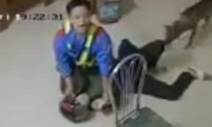 Diễn biến mới nhất vụ đối tượng dí dao vào cổ nhân viên cây xăng cướp tiền