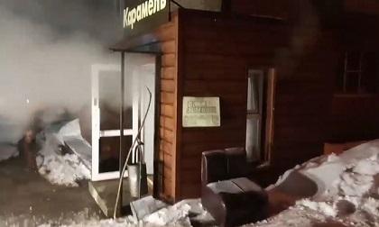 Nổ đường ống nước sôi, ngập tầng hầm khách sạn khiến 5 người tử vong