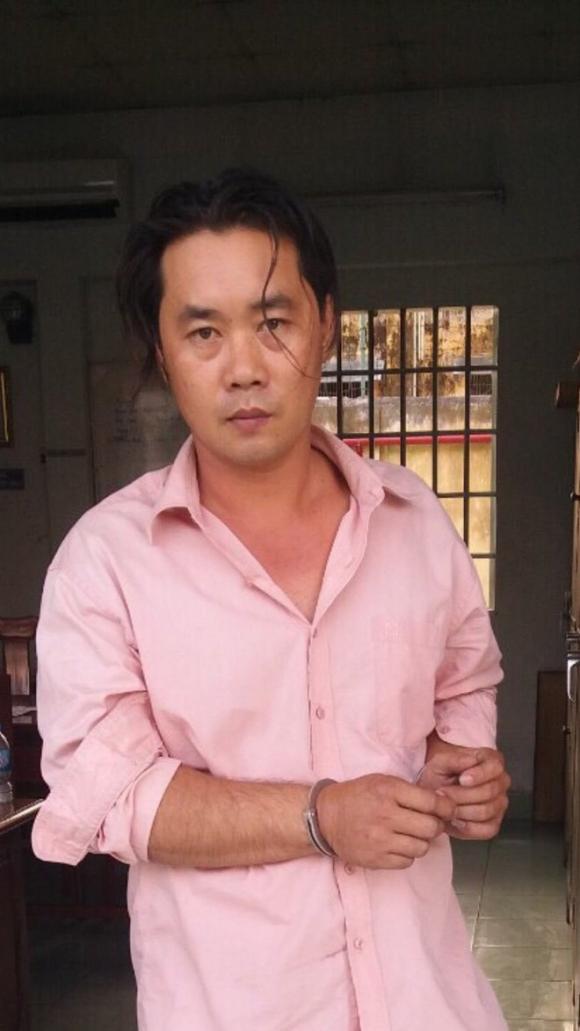 Nghi phạm Nguyễn Hữu Phước tại cơ quan điều tra. Ảnh: CAO