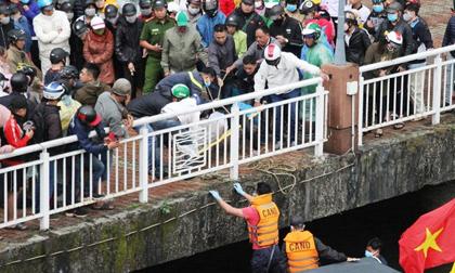 Người đàn ông bất ngờ nhảy cầu sông Hàn tự tử chiều mùng 6 Tết