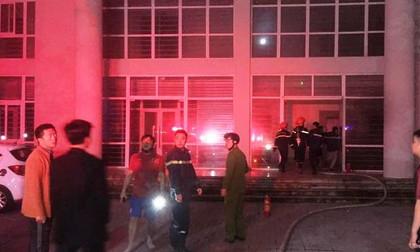 Nghệ An: Giải cứu thành công 7 người thoát khỏi đám cháy trong khu nhà sinh viên