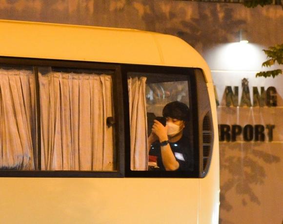 Du khách đến Đà Nẵng từ tâm dịch Daegu về nước lúc nửa đêm - ảnh 2