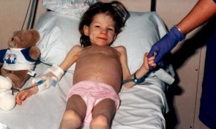 Vụ bạo hành kinh hoàng nước Mỹ: mẹ ruột nhốt con gái 6 năm trong tủ quần áo
