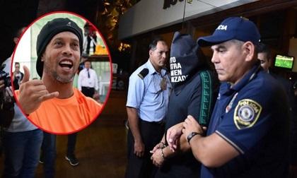 Ronaldinho bị bắt giam ở Paraguay