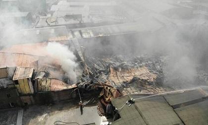 Hà Nội: Cháy xưởng sản xuất sơn rộng hơn 1.000m2 ở Hoài Đức, nhiều người hoảng loạn
