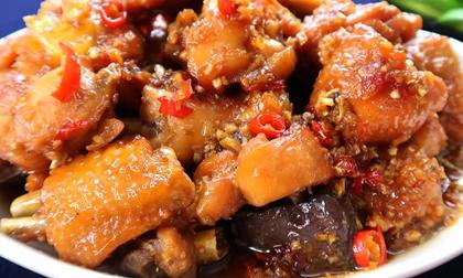 Vào bếp làm món gà kho chuẩn vị, ngon mê ly hơn cả ngoài hàng