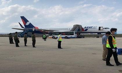 Máy bay Nga sắp hạ cánh tại Cam Ranh bất ngờ nhận được tin báo có bom