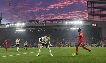 Premier League sắp diễn ra trong điều kiện kỳ lạ nhất lịch sử