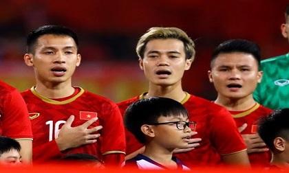 Cầu thủ Việt Nam quyên góp phòng chống dịch