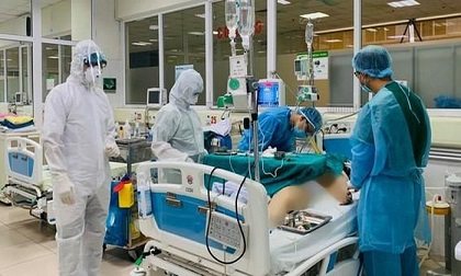 3 bệnh nhân Covid-19 trong tình trạng rất nặng, 8 ca diễn biến nặng