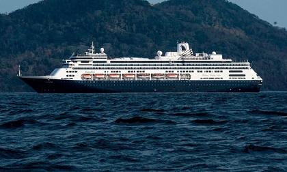 'Cơn ác mộng' kéo dài của du thuyền Hà Lan lênh đênh vì dịch Covid-19